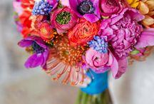 Ramo de novia con tonos muy vivos / ideas de ramos para las novias mas atrevidas leavesdesignleaves@gmail.com
