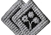 Crochet Potholder Patterns / Free vintage crochet potholder patterns reproduced from leaflets and pattern books that have passed into the public domain.