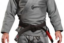 Gameness Grey Pearl Gi / The Gameness Pearl Gi defines the new look of Gameness: simple and clean. The quality construction can be seen throughout the Gi with reinforcements in all the right places, making this a gi that will stand up to intense training for years. All Gis are not created equal, and you can feel the premium cotton used as soon as you put on the Gameness Pearl Gi. Comfortable and long-lasting, this gi has the right combination of style, functionality, and durability.