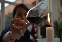 Degustace vína (Wine Tasting) / Co máme na víně nejraději? Přeci to, že ho můžeme ochutnat!