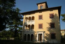 #Umbria #Houses / We sell, renovate and #decorate #cottage, #houses, #countryhouses and #farmhouses in Italy.