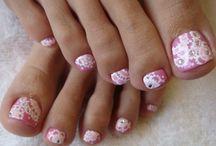 Nails / by Hannah Heath