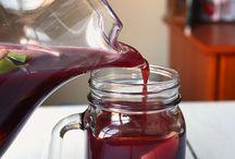 Al centro... ¡y pa' dentro! / ¿Hay algo mejor que juntarse en una mesa con unos amigos y arreglar el mundo cerveza o vino mediante? · www.olehule.com