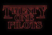 """""""TwentyOne(waysofruinmy)Life"""""""