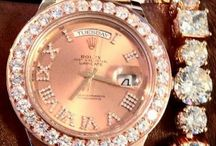 Uhren | Watch | La montre / Zeit ist wertvoll! Verschwende sie weise!  | www.wandtattoo.de
