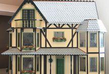 Harrison van Greenleaf / Een mooi poppenhuis huis dat in mijn bezit is geweest.  dollhouse