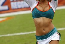 cheerleaders / by nene souza