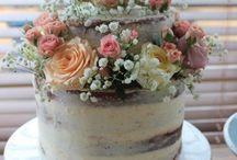 A a a MUMS CAKE