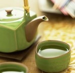 Green tea and Tea Pots <3  / by Breanne Hickman