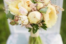 Bouquets- with pale yellows