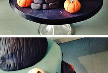 Halloween cake and cookie