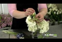 Video / How to Make Your Own Wedding Bouquet..looks gorgeous