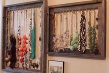 hang necklaces organizer