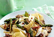 Pilzrezepte / Ob vegetarisch oder mit Fleisch - Pilze sind die ideale Beilage für Pfannen- und Ofengerichte. Wir haben die besten Rezepte!