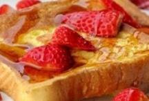 Breakfast foods / by Nicole Ellis