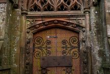 vintage doors / vintage and artsy doors around the world