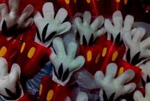 Mickey / Ideas para fiesta  / by Evelyn Reyes