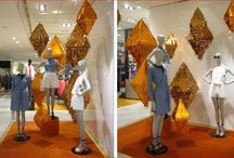 golden pinatas decorated in Galleries Lafayette made by Barthelmess / shop window and store decoration with pinatas