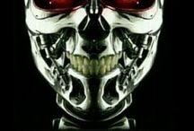 Terminator: Genesis Full Hd izle / Terminator: Genesis Full Hd izle filminde genç Connor'in geliştirmiş olduğu bir yapay zeka yakında dünyayı ele geçirecek olan bir tehlikedir. Üstün makine ve robotlara dönüşecektir. Bu bu büyük tehlikeye karşı kendisini yok etmesi için T-1000 gönderilcektir .Terminator serisi bu bölümde yeni bir üçleme  olarak ele alınıyor.