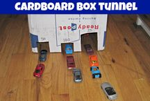 Cars and Trucks and Things that Go / Kids activities for little ones who love vehicles like cars, trucks, boats, planes, construction vehicles, bikes, and buses