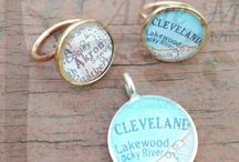 Travel the world! Map ring jewelry pendant / all things maps