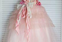 Dresses & beauty