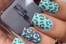 nail / by Charlotte C.