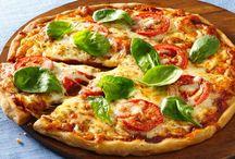 Mozzarella Tomatoes Pizza