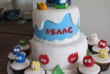 Cupcakes e Bolo Puffles - Club Penguin