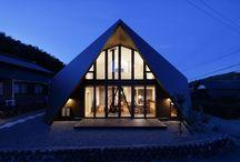 Origami House / Střecha Origami House od TSC Architects, je modelována jako skládaný papír při tvoření tradičních japonských origami.