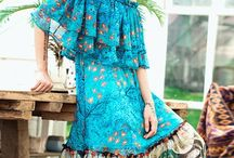 Boho Dresses / A new cult of personality emerged with the artist as hero and individual style expressed in the way one dressed and much more things. Let live your life!