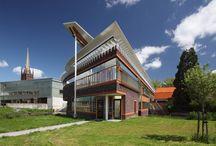 Onze vestigingen / van buiten en van binnen zien onze bibliotheken er geweldig uit