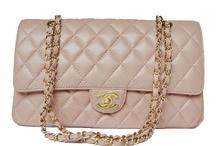 Handbags / by Madi Fellers