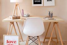 Home Office com cavaletes