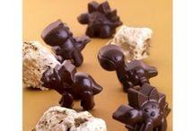 Silkomart Chocolate Moulds Online / Magickart offer to showcase Silkomart chocolate moulds for sale online in India!