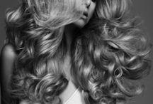 SONIA ALLEN Wedding Hair Down / Bridal hair suggestions for brides who want to wear their hair down.
