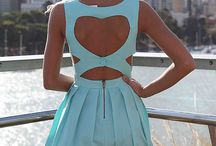 ♕Beauty & Style - Open back dresses/shirts ♕ / by Sara ColelLa