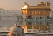 (Harmandir Sahib or Golden Temple) Amritsar, Punjab, India.