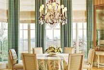 Diningroom / by Jaqui Kerns Barrow