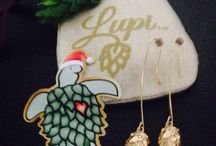 Lupi Clause HolyDays Hops Jewelry / Limited Green Gold Discriminating Hops Jewelry and Humulus Lupulus Accessories Order@hopsjewelry.com
