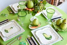 Parties: Fabulous Tablescapes / Here is where I pin fabulous Tablescapes! Gotta love a well decorated table!