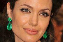 Celebrity Style / How celebrities wear jewelry right!