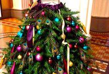 Christmas Junkie / by Chelsea Janik