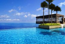 Infinite pools around the globe / Best hotel pools
