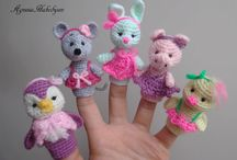 Finger puppets / Toys