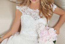 Wedding dresses / by Devon Wiley