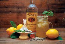 Tito's Vodka Cocktails / Υπέροχα καλοκαιρινά cocktails με βάση την Tito's Vodka! Η μόνη βότκα που προέρχεται από 100% απόσταξη καλαμποκιού και δεν περιέχει γλουτένη.