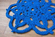 crochet rugs / my work