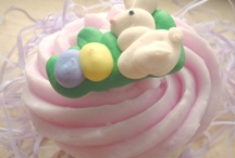 Easter Soap Ideas / Ideas for soaps and bath bombs with an Easter theme