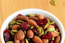 Trail Mix Recipes / Trail mix ideas